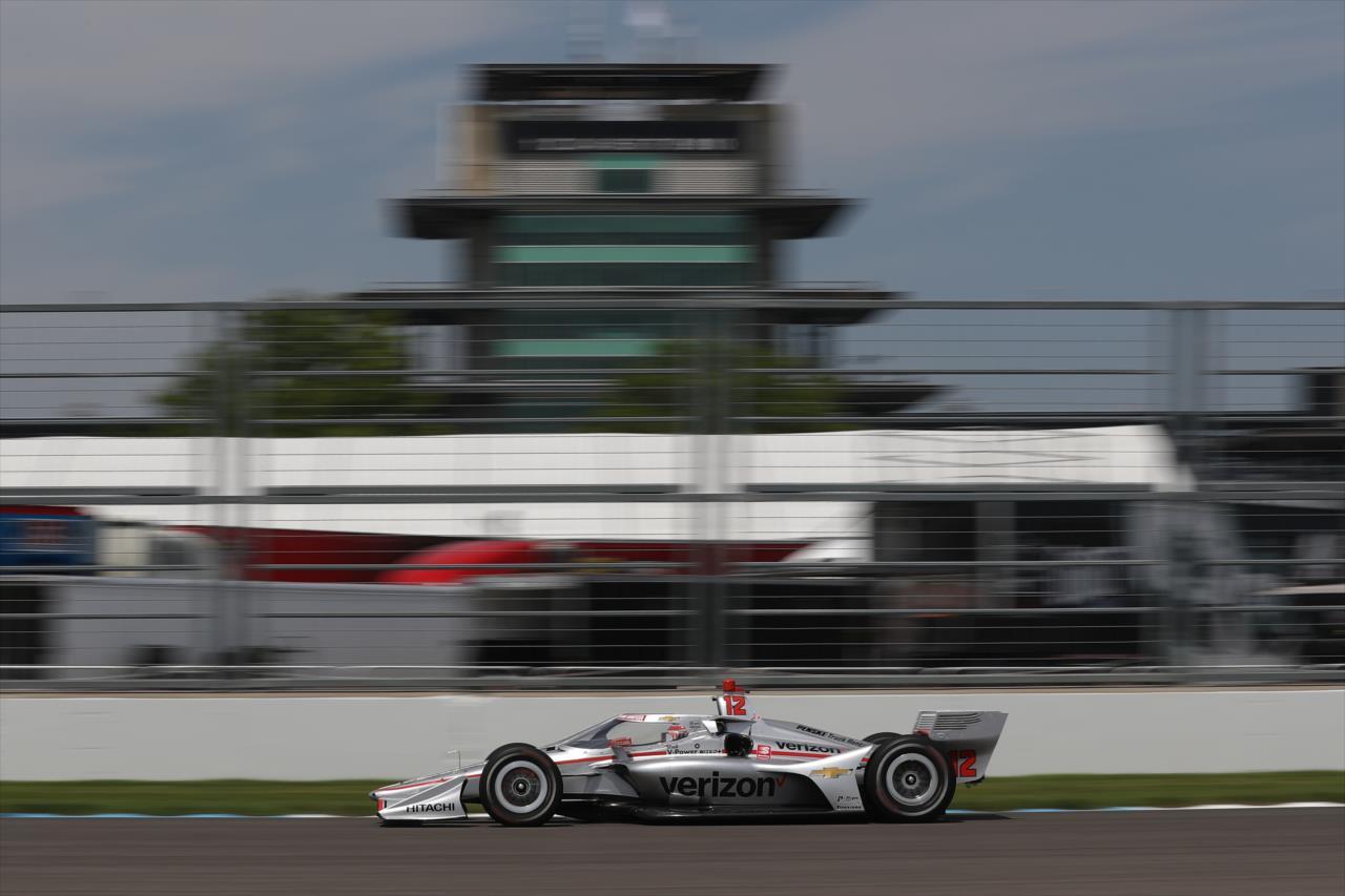 Will Power en pole à Indianapolis